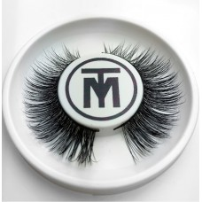 """TAMMY LASHES  """"UNCOMPLICATED"""""""